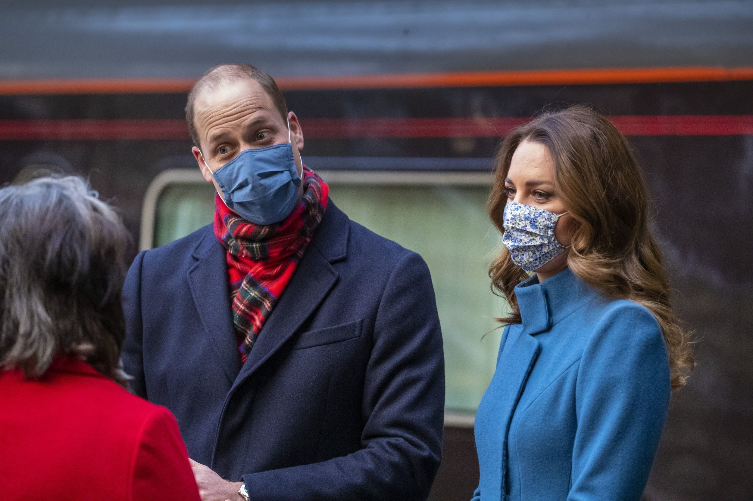 William and Kate write thank you message to transport workers before train tour