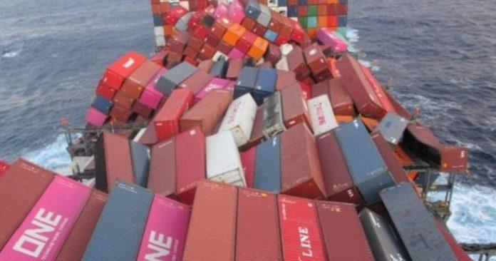 日本货轮1816集装箱坠海 恐损失超过5千万美元