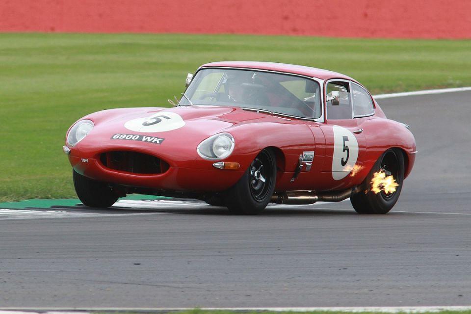 Silverstone Classic to host Jaguar E-type 60th anniversary race