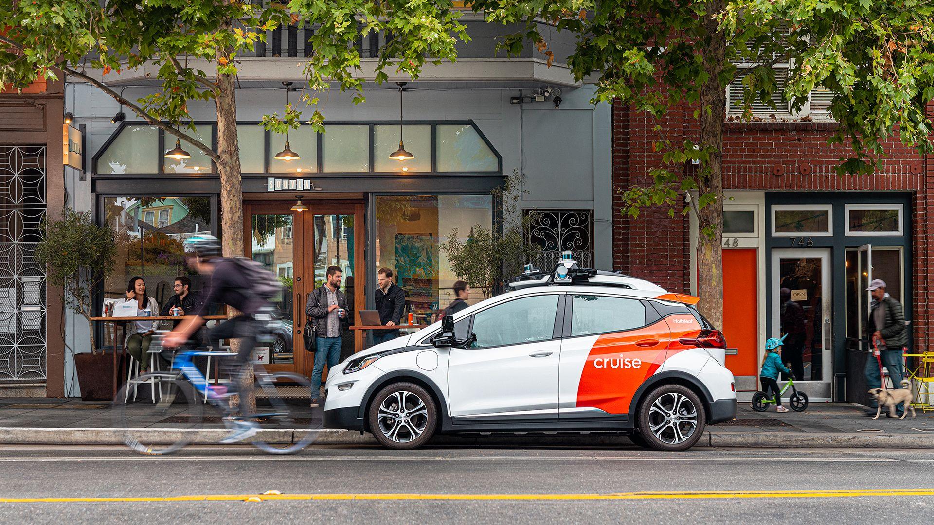 Cruise begins driverless testing in San Francisco