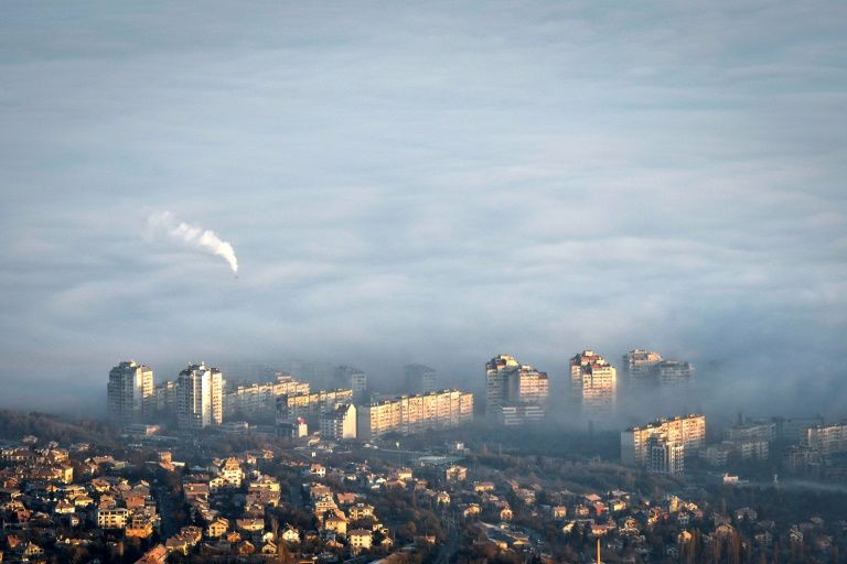 Air pollution: covid-hit Bulgaria faces compound risk