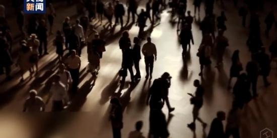 """美国2月一全球会议导致24.5万人感染新冠 """"会上没人戴口罩"""""""