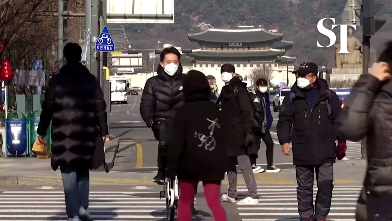 South Korea reports record 950 Covid-19 cases in 'emergency'