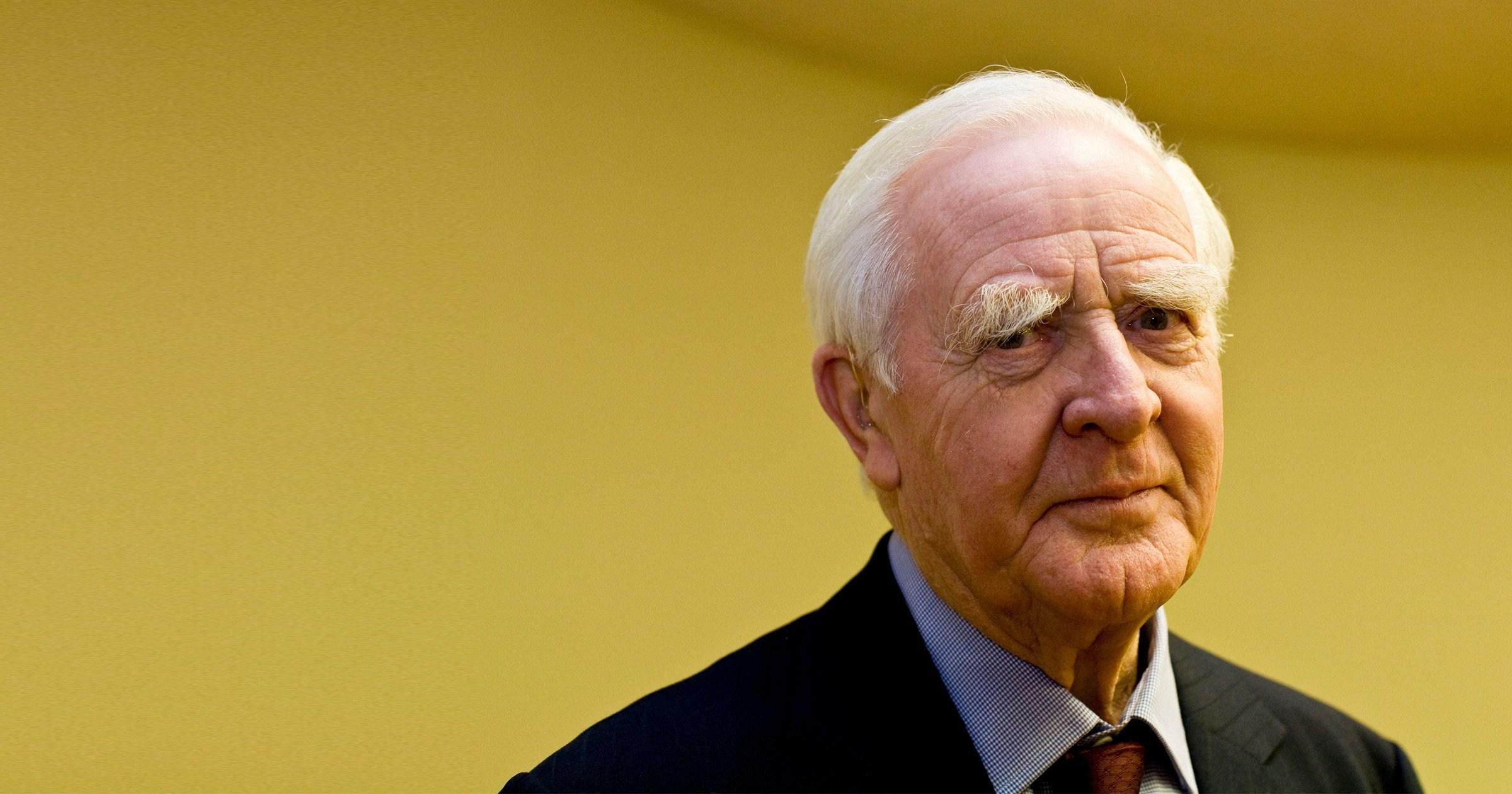 Tinker, Tailor, Soldier, Spy author John le Carré dies aged 89
