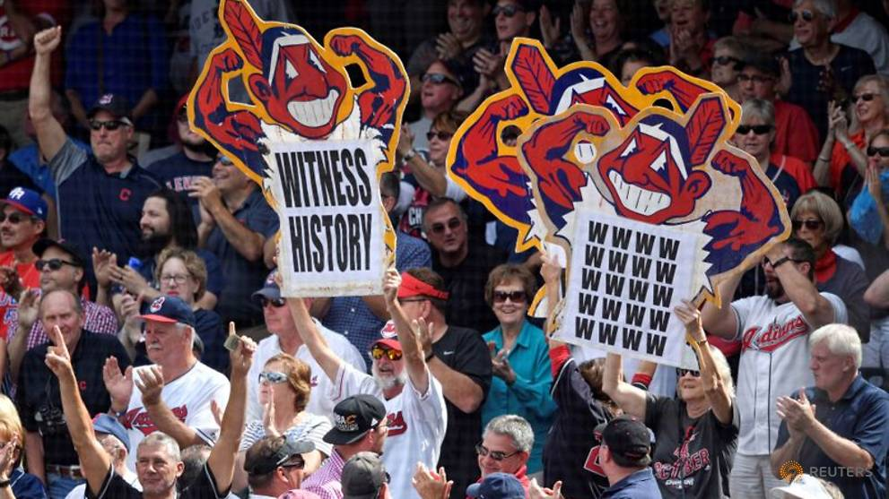 Baseball-Cleveland to drop 'Indians' name, start process of determining new name
