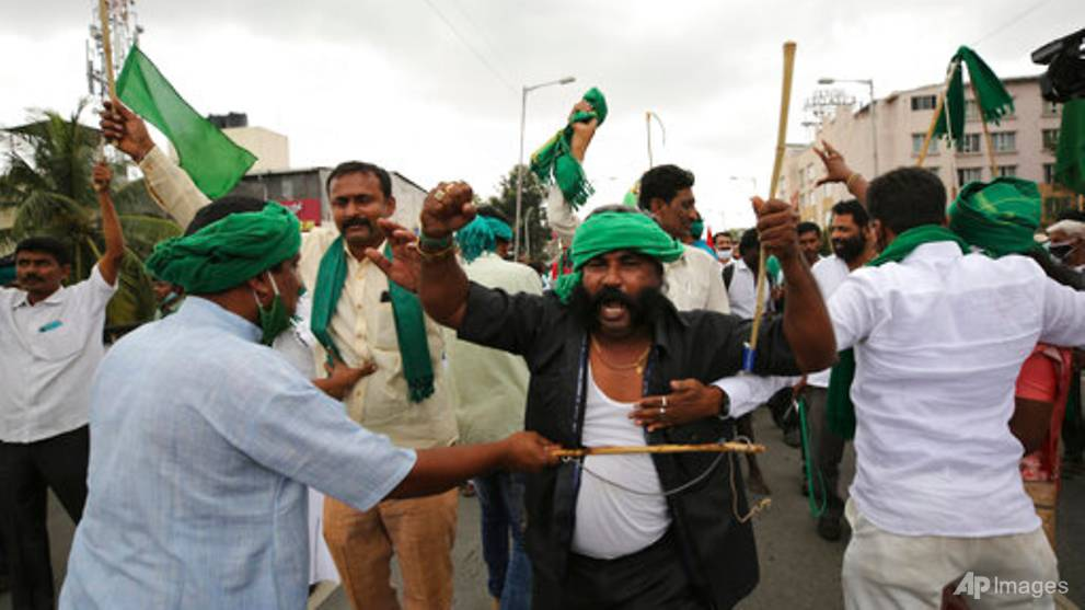 India's top court offers to mediate to end farmers' protest