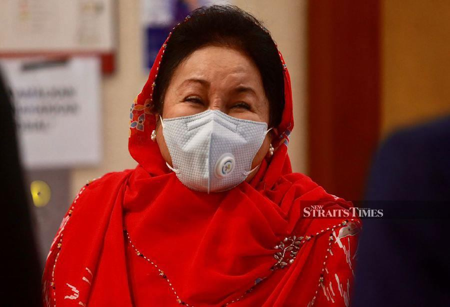 Judge suggests Rosmah's money laundering case be heard before another judge