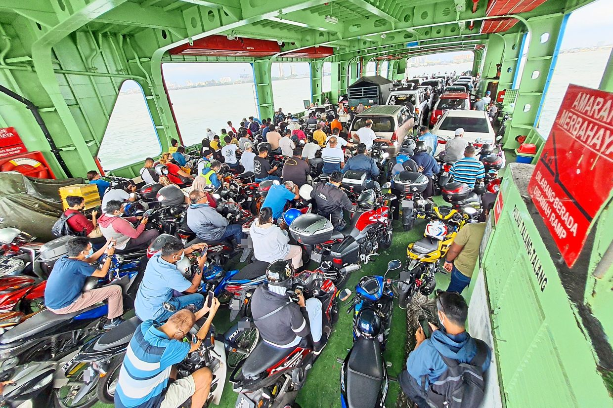 Penang ferry will continue to operate
