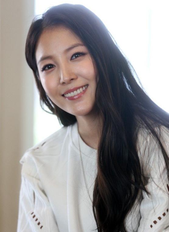 韩国女歌手宝儿被检方调查 涉嫌从日本私运药物