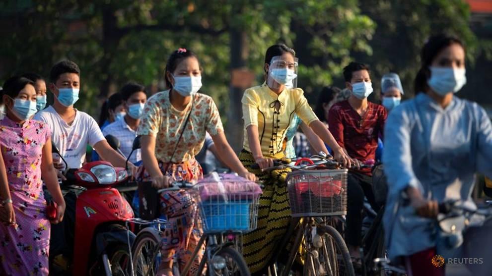 Myanmar's biggest city closes parks to keep lid on coronavirus