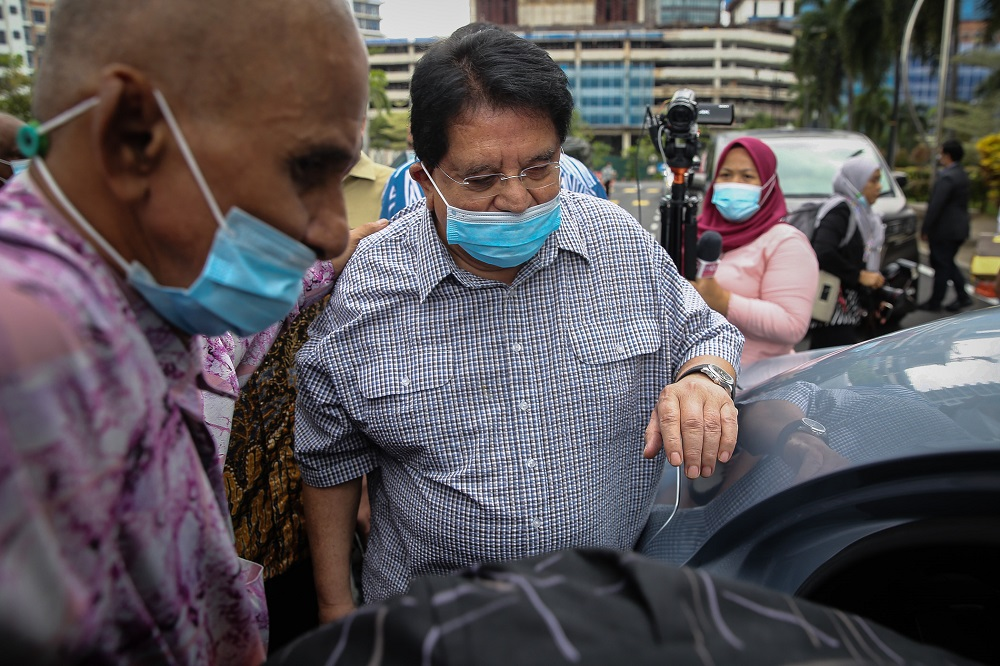 Twitterverse weighs in on Ku Nan's conviction in RM2m graft case
