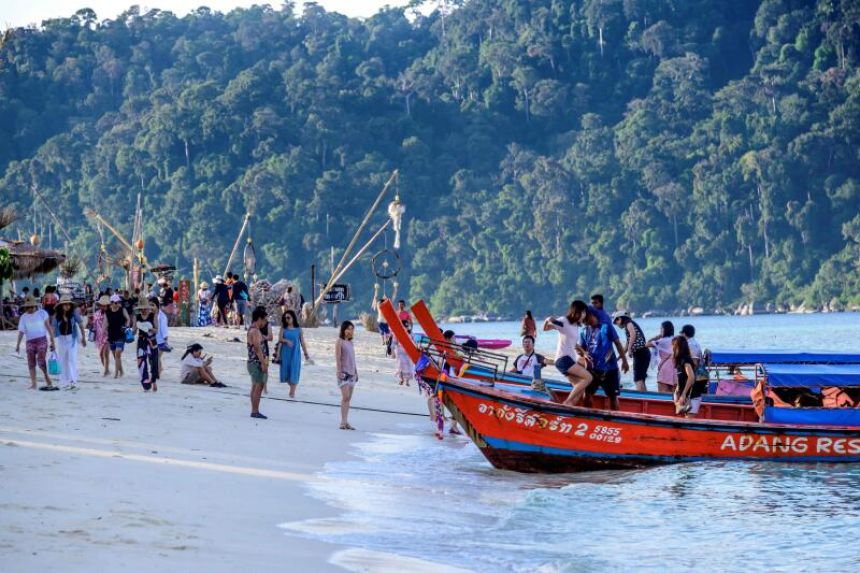 Thailand records 3,000 foreign tourists in November as Covid-19 ban eases