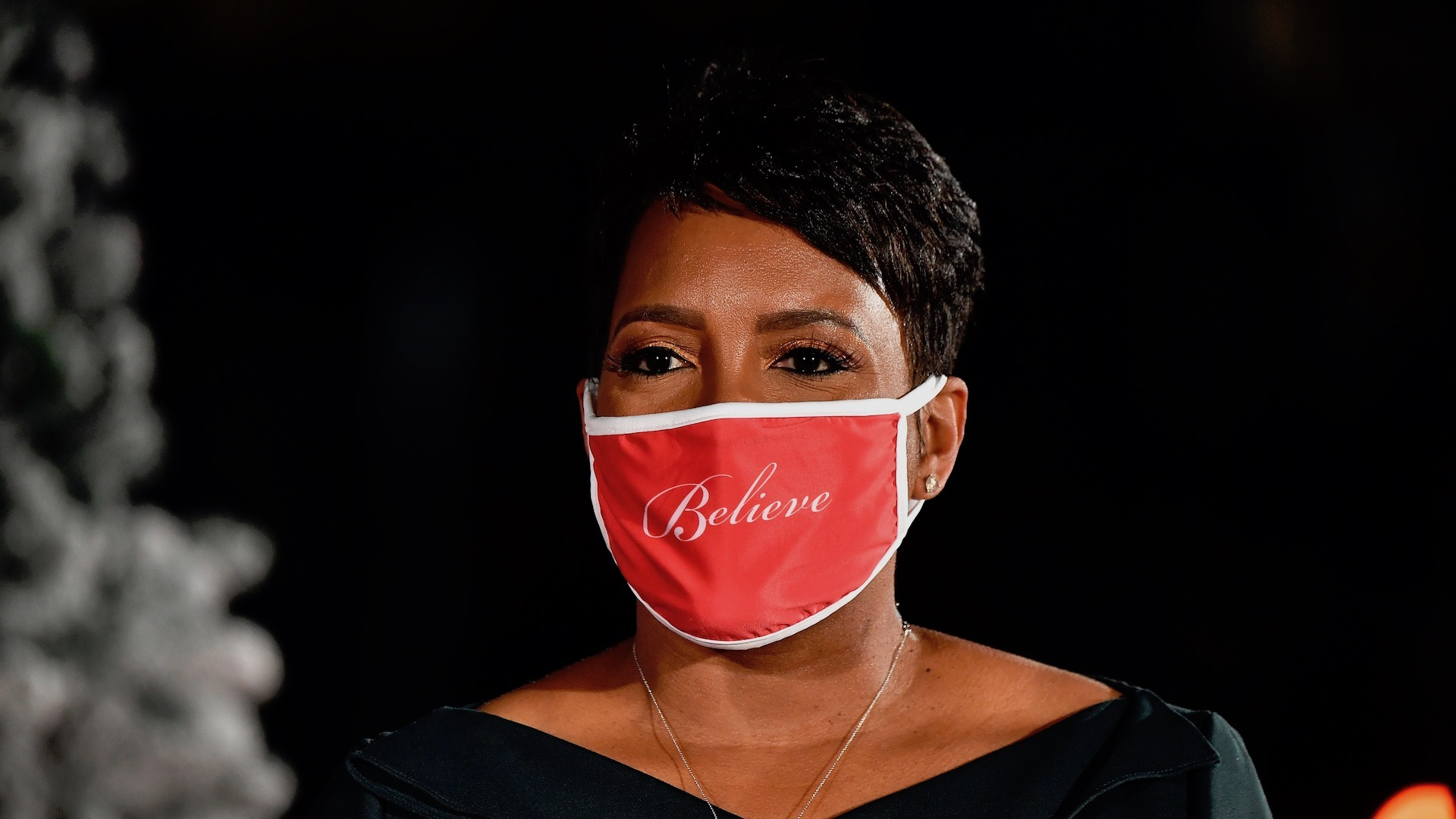 Atlanta Mayor Urges Public to Wear Masks as Georgia Hits Record High of Daily COVID Cases