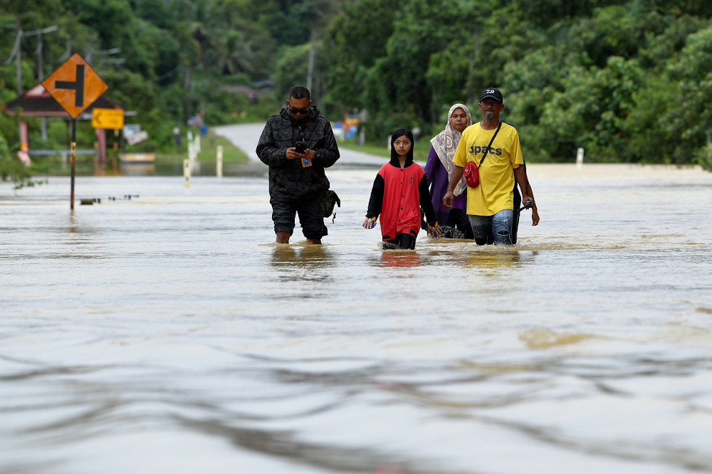 Almost 20,000 flood evacuees in five states as of 1pm, says Social Welfare Dept