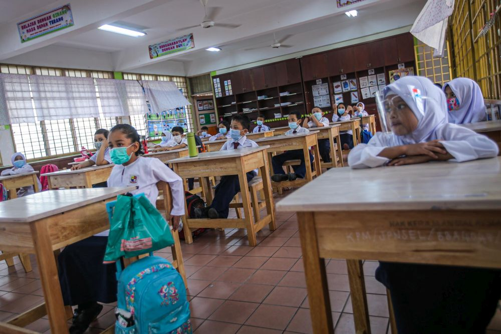 Postpone reopening of schools with Covid-19 still raging, MIC tells Ministry of Education