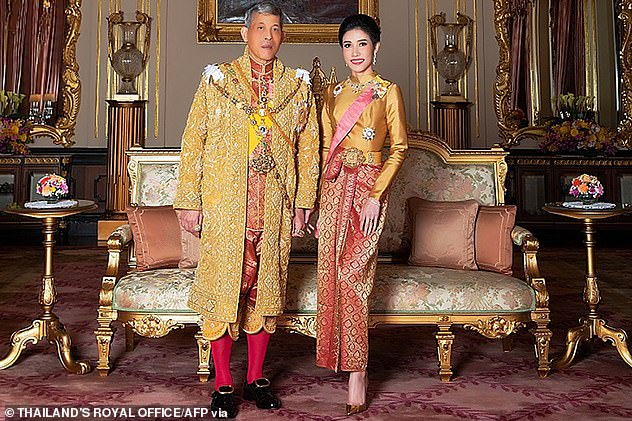 Thailand's king cleans up Bangkok Hilton prison grounds in publicity stunt with his royal consort (a year after he swept HER under the carpet by having her jailed)
