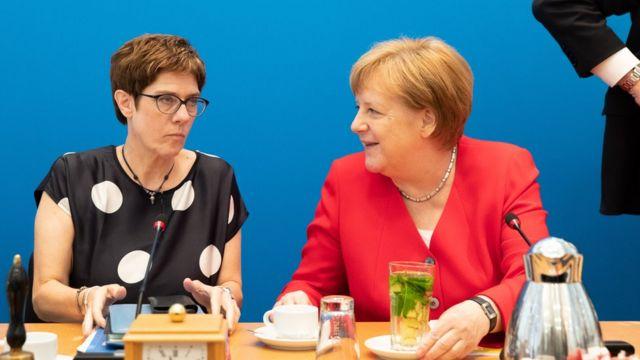 德国总理默克尔最有可能的接班人:拉舍特(组图)