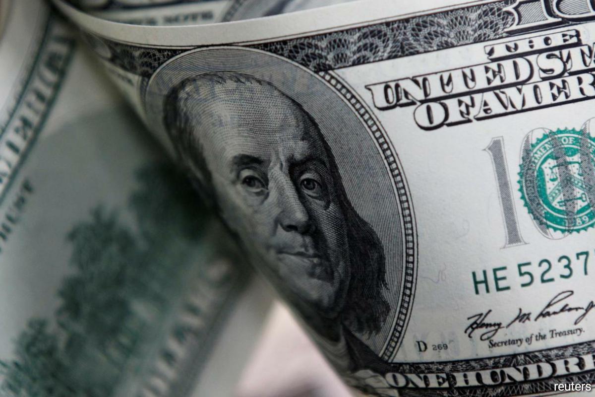 Dollar strengthens amid higher U.S. yields on Fed's lower-for-longer mantra