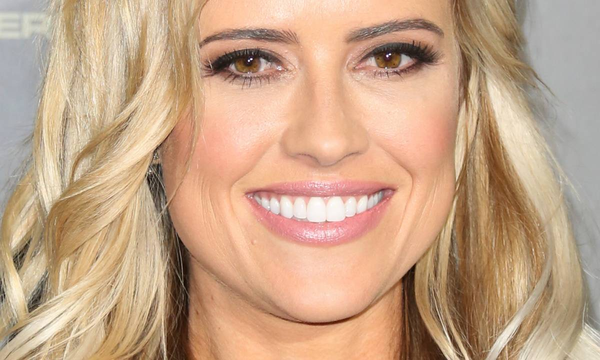 Christina Anstead stuns in pink bikini during spa day in family garden