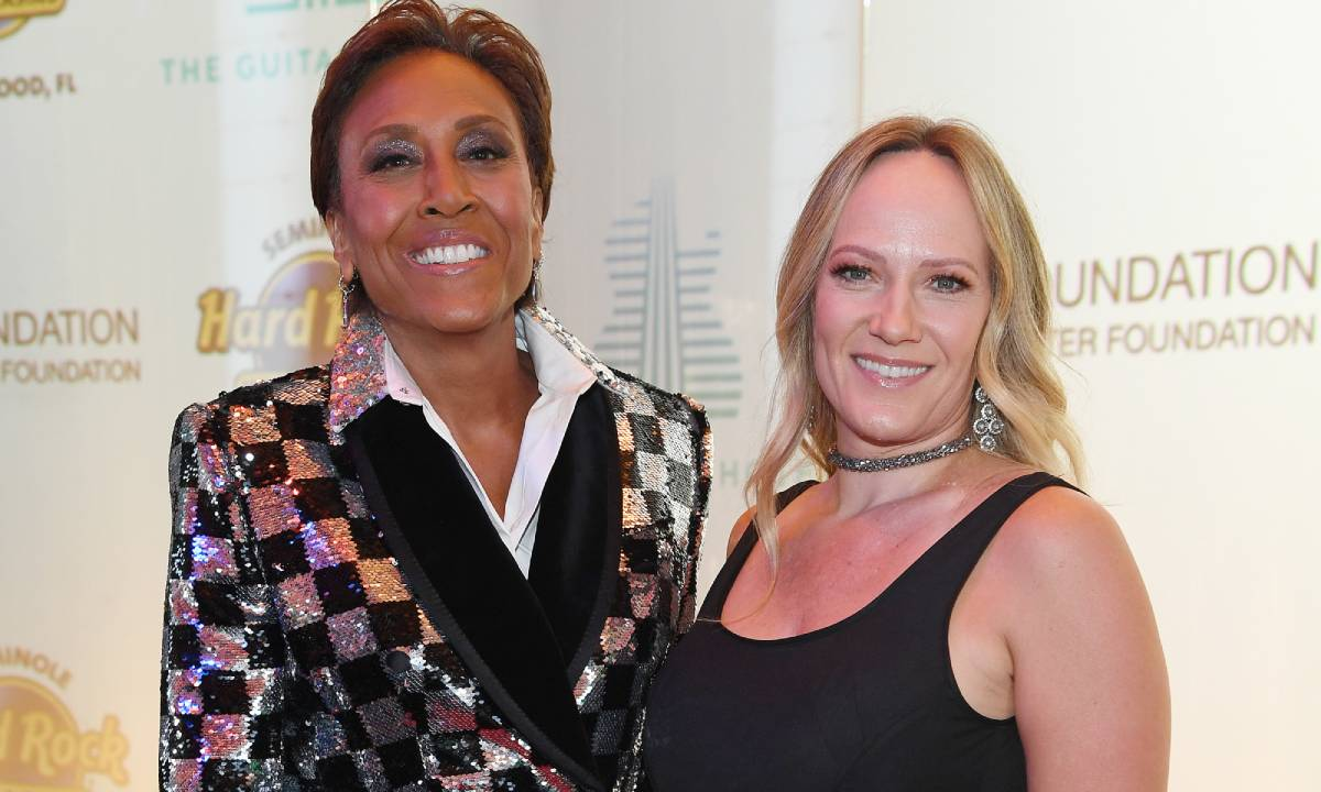 Robin Roberts makes heartbreaking plea to fans in post about her family