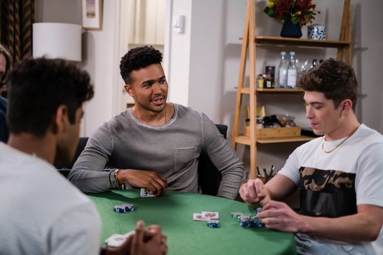 Neighbours spoilers: Hendrix makes a dangerous decision
