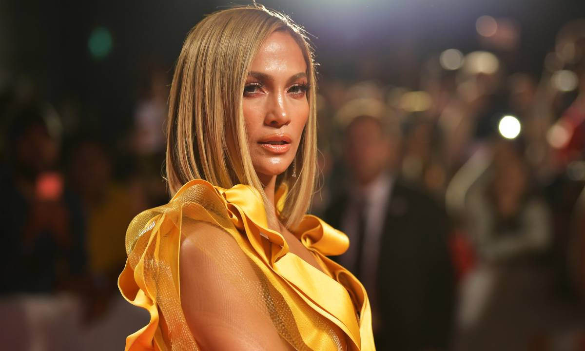 Jennifer Lopez makes surprising confession about kissing her male co-star