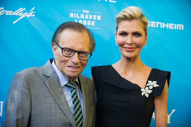 Larry King's estranged wife reveals intimate funeral detail
