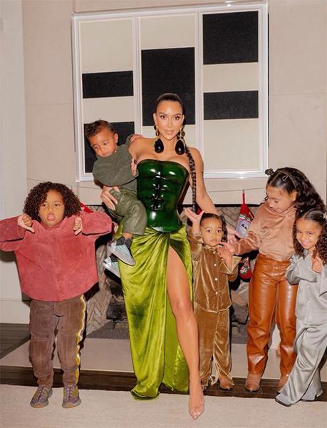 Kim Kardashian's nineties photo is seriously dividing fans