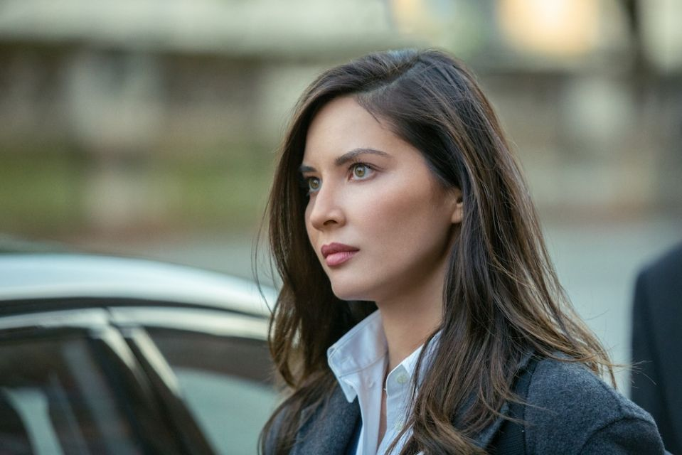 Olivia Munn from The Rook plays superheroes but chooses roles for their humanity