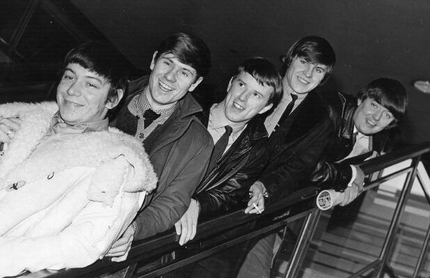 Hilton Valentine, Founding Member of The Animals, Dies at 77