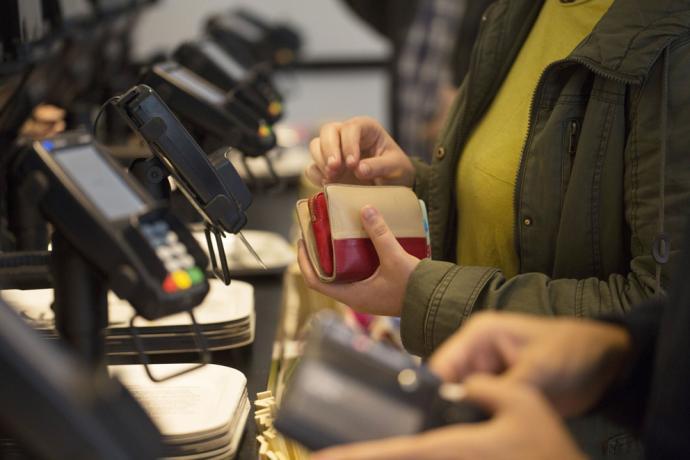 今年首季刷新高 消费者信心指数增14点