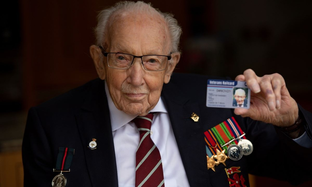 Captain Sir Tom Moore admitted to hospital with COVID-19