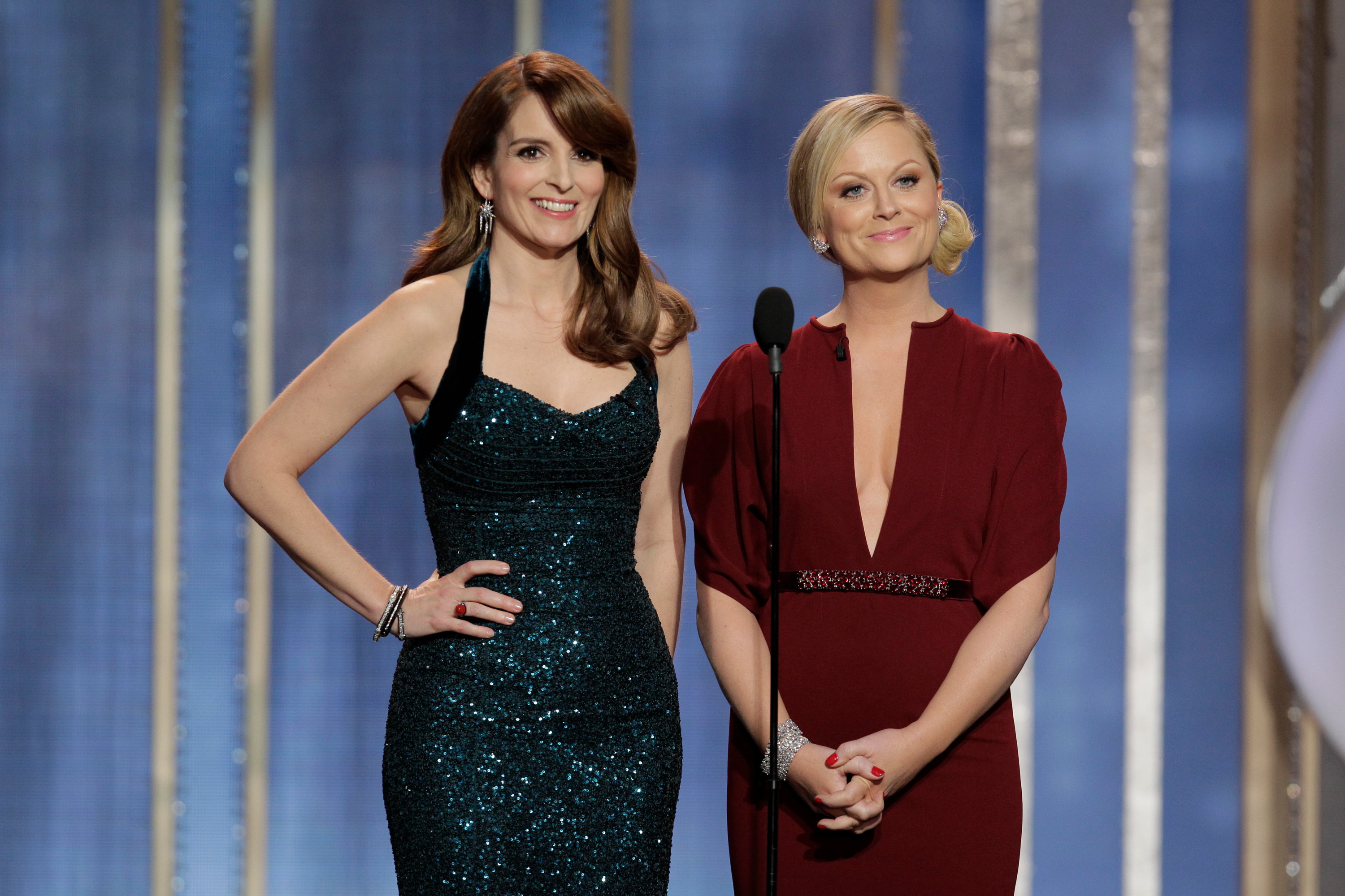 Tina Fey and Amy Poehler to host Golden Globes 2021 from opposite coasts