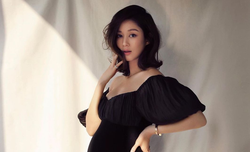 Eliza Sam Pregnant with Her Second Child