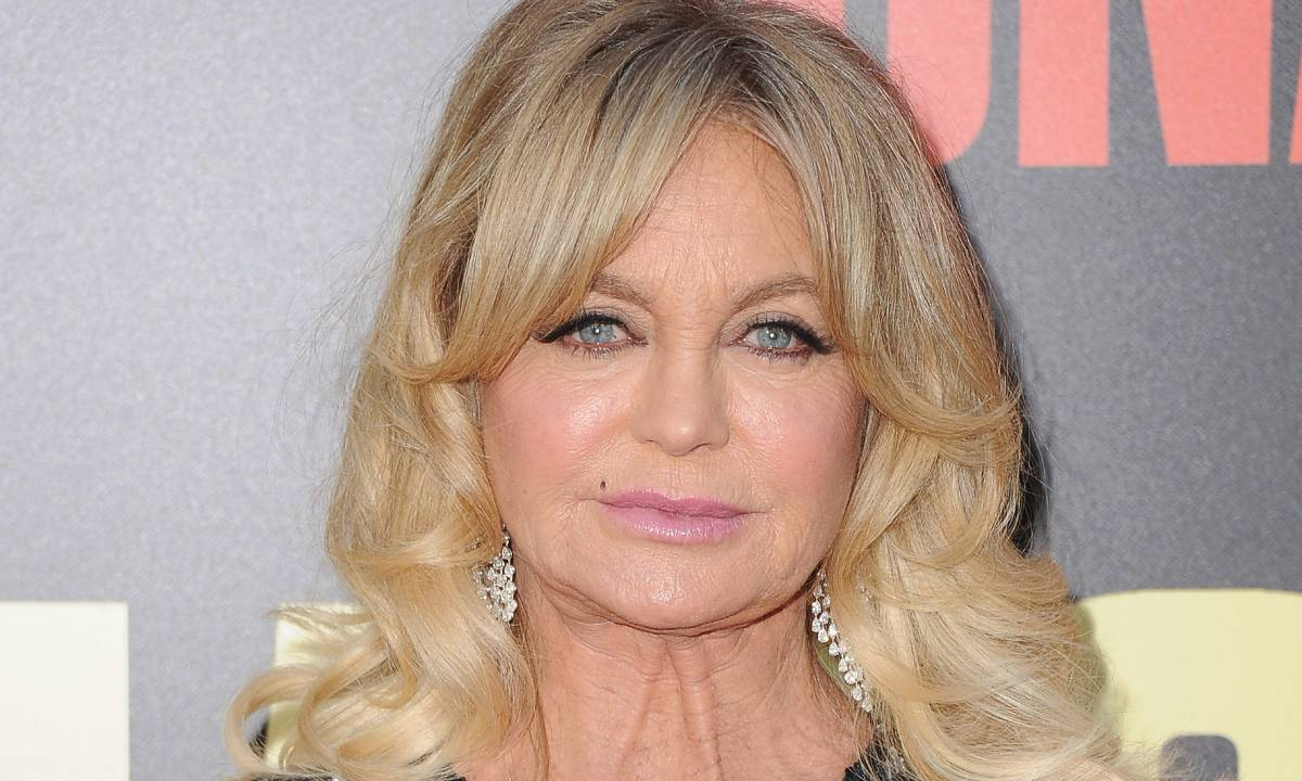 Goldie Hawn shares heartbreaking tribute following death of former co-star Hal Holbrook