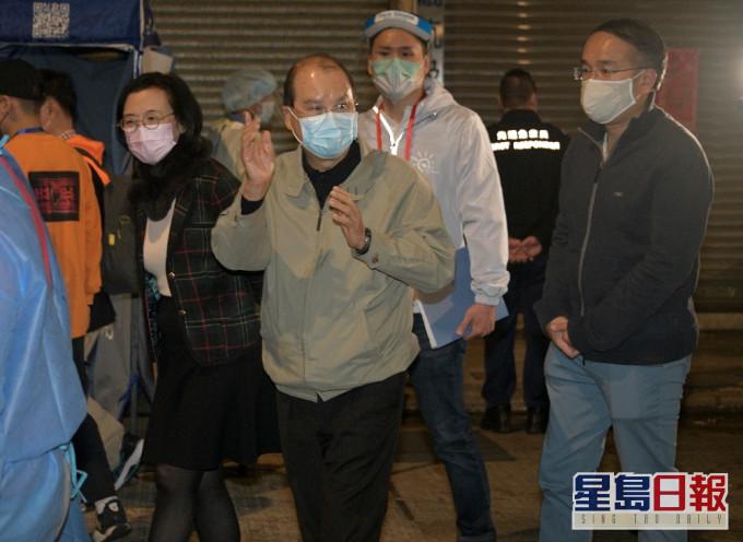 张建宗:强制检测确诊数字下降 不表示政府行动有偏差