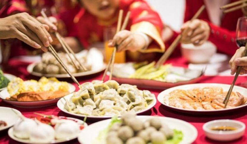允同区不超过15人吃团圆饭 宗教场所开放3天