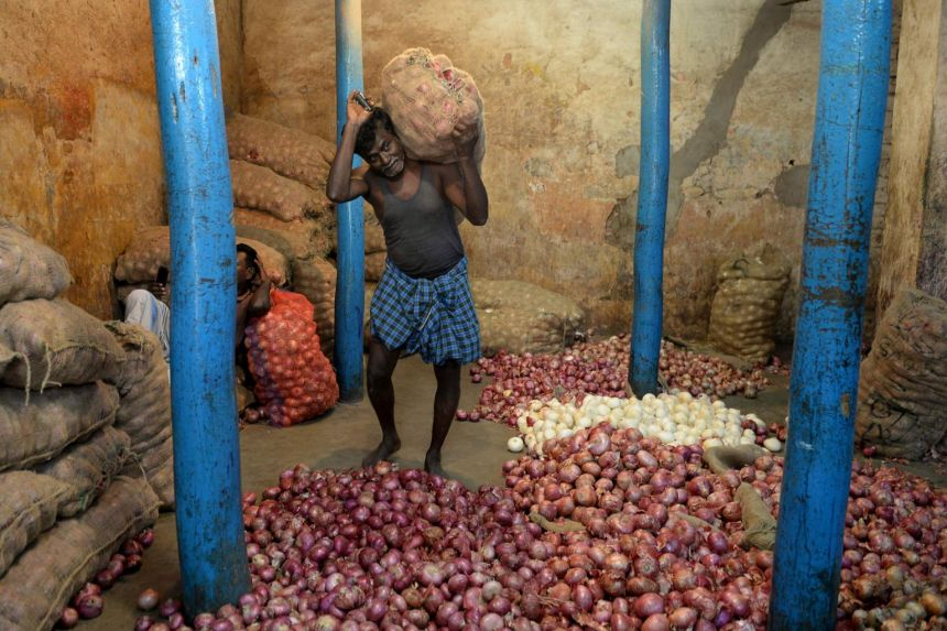 Large onion shipment from India arriving soon in Malaysia to moderate recent price surge