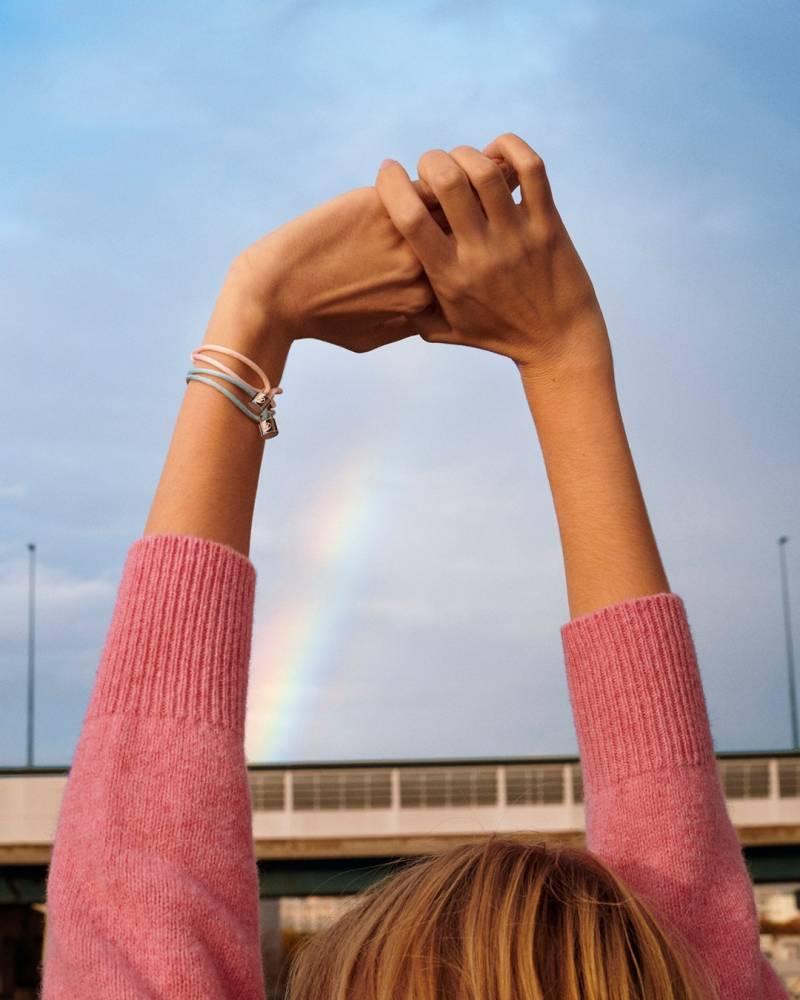 LV携手UNICEF推出泰迪熊和手链!送伴侣情人节礼物还能做慈善!