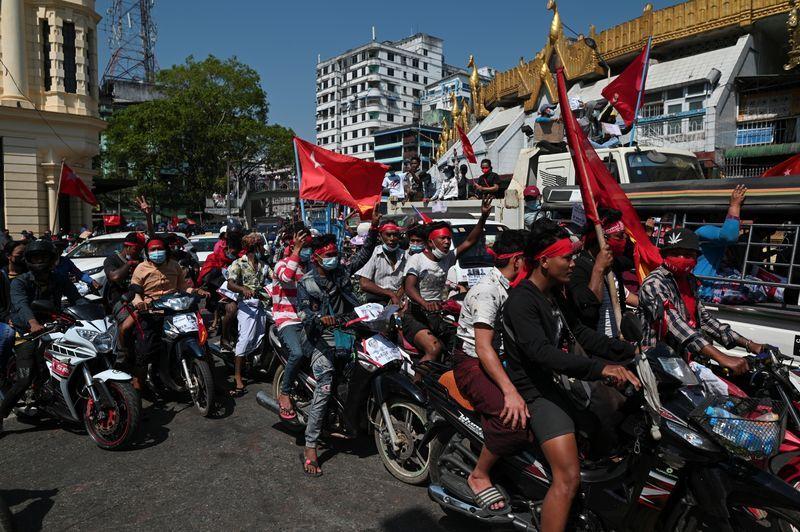 U.N. rights investigator calls for sanctions on Myanmar