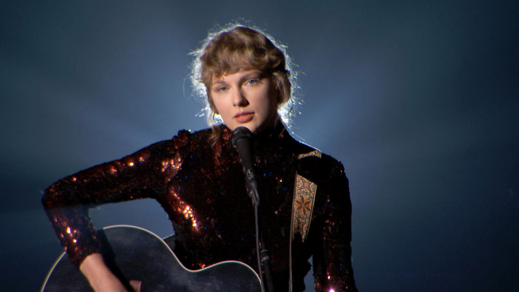 Taylor Swift confirms she's finished re-recording Fearless – and six songs never released before
