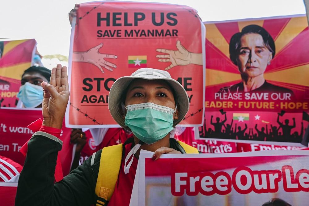 Media: Myanmar parcel bomb blasts kill five including ousted lawmaker