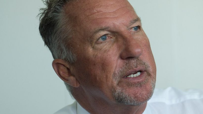 Ian Botham calls for pledge on TV licences for over-75s