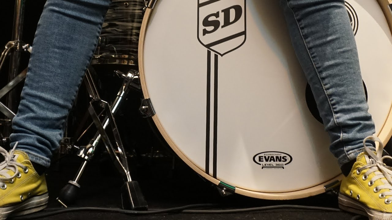 Hot Legs (Rod Stewart); Drum Cover by Sina