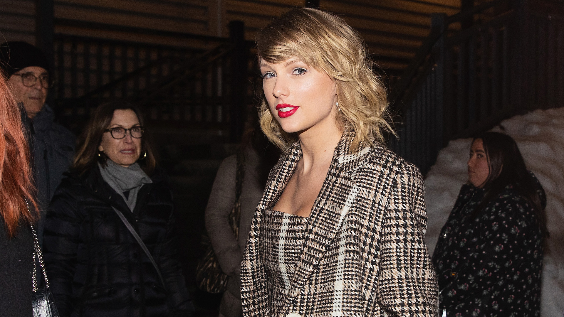 """Taylor Swift Shares Re-Recorded """"Love Story,"""" First Single From New Version of 'Fearless' Album"""