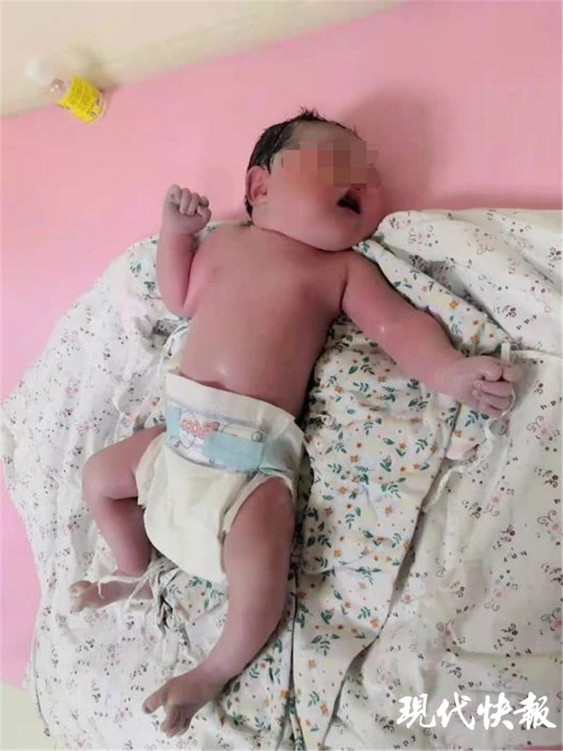 """大年初一,230斤产妇诞下9.5斤""""牛宝宝"""""""