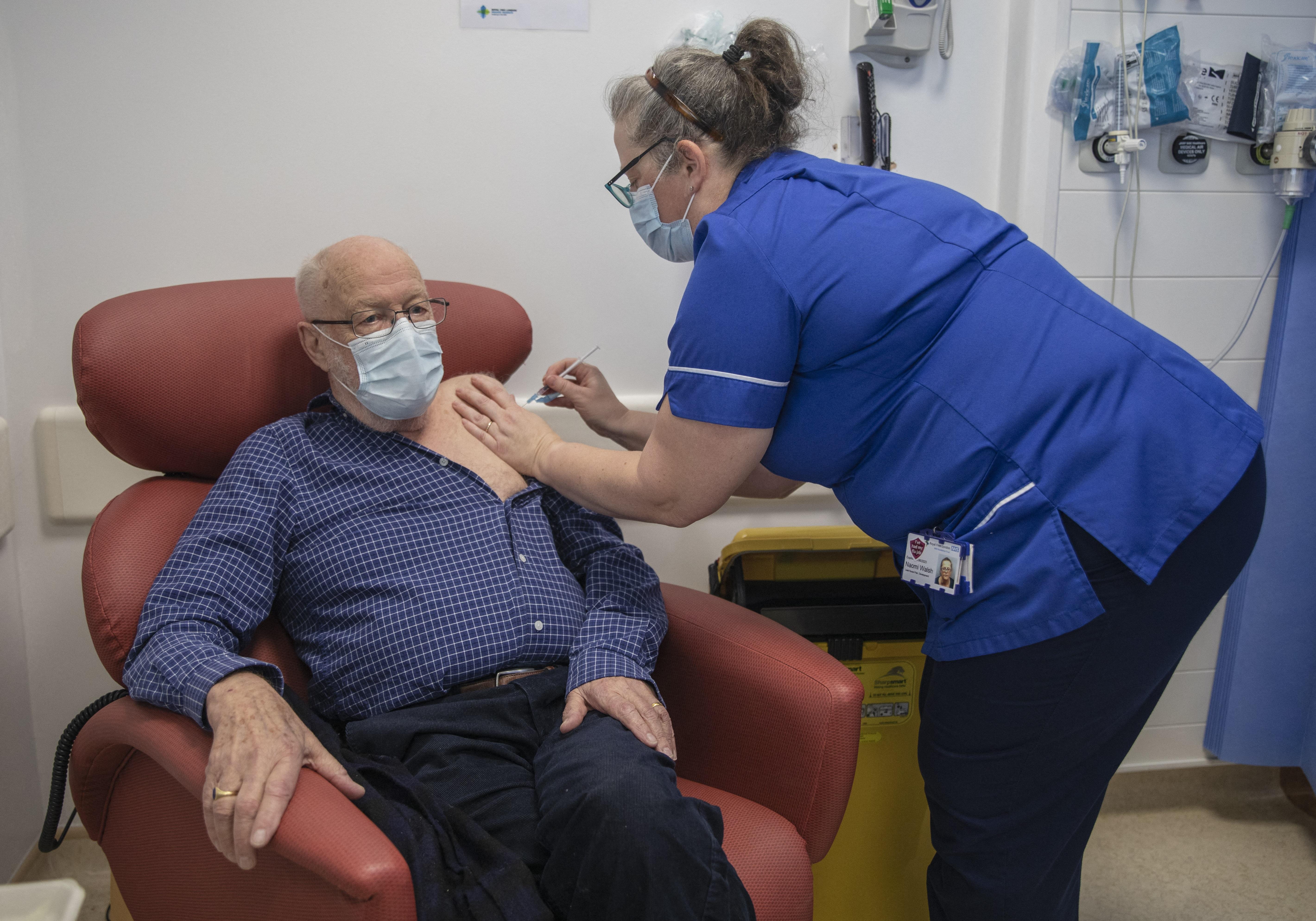 【冠状病毒19】英国已为所有50岁以上和高危人士接种首剂疫苗