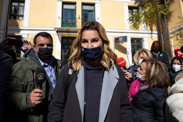 更多罪行曝光!希腊一帆船教练涉嫌性侵11岁女孩