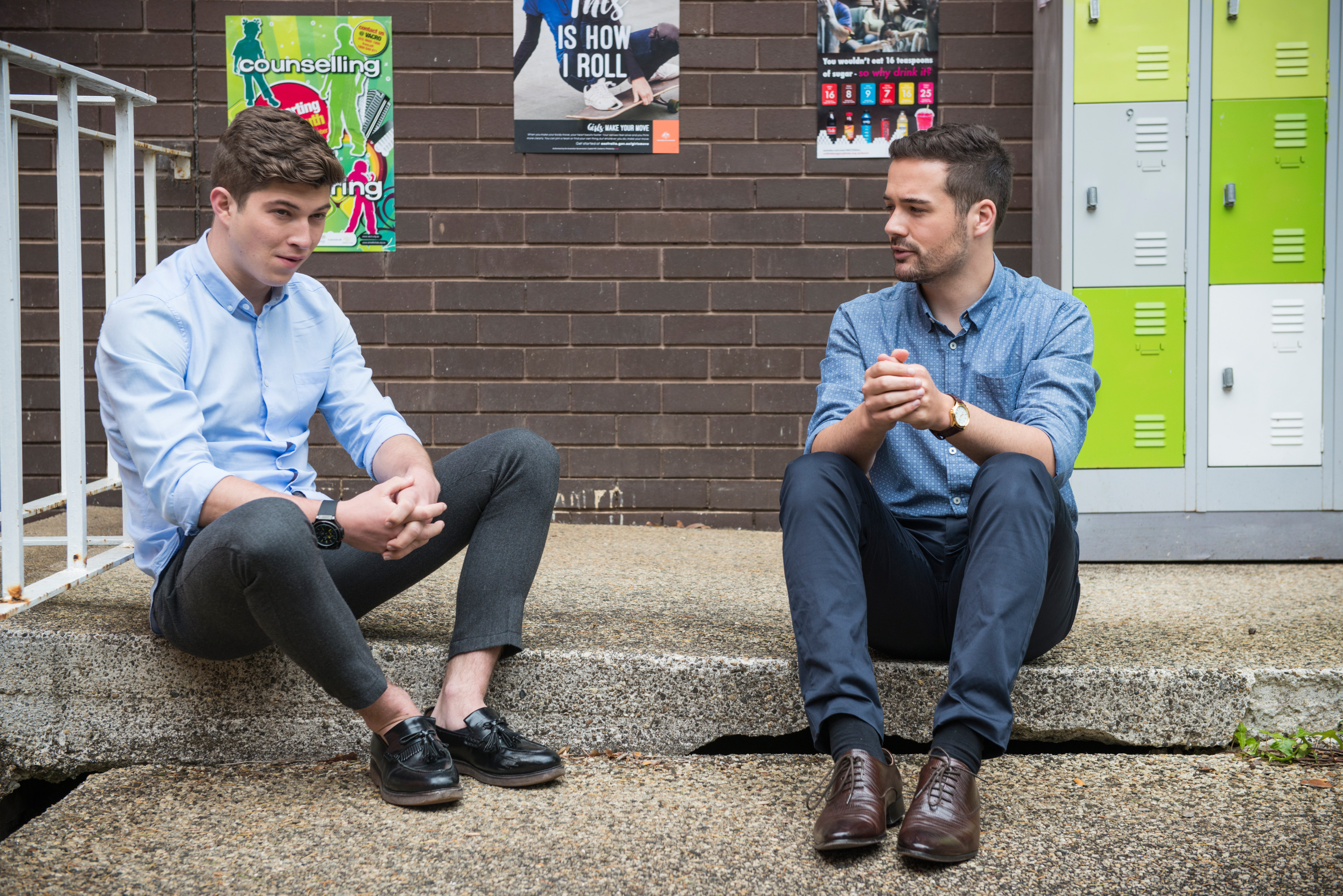 Neighbours spoilers: Hendrix sets on a dark path