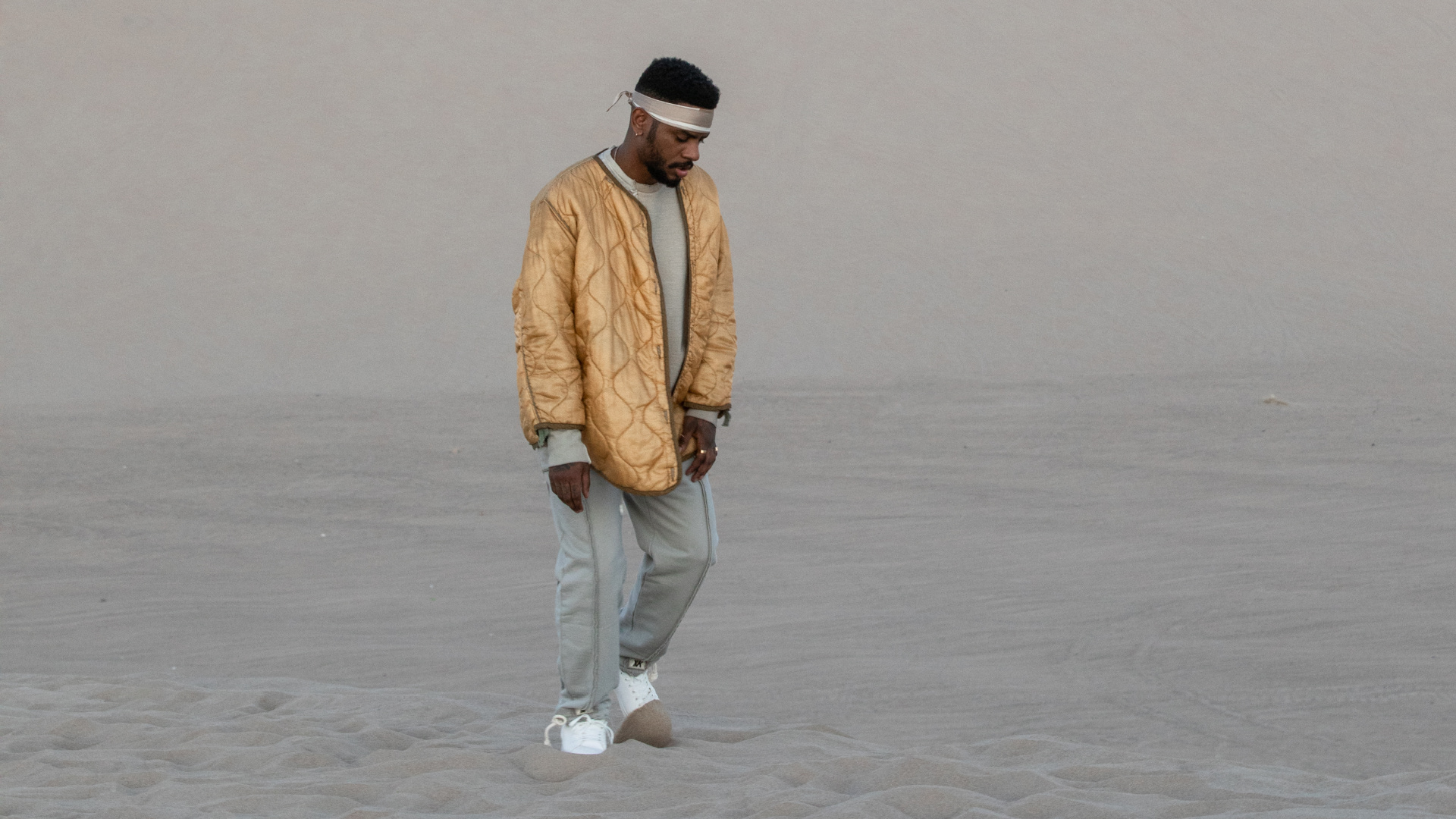 """Watch Bryson Tiller's New Video for """"Sorrows"""""""